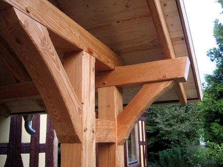 Fachwerk vorbau eines bauernhauses for Holzverbindungen fachwerk