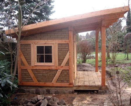 Gartenhaus Aus Fachwerk Mit Lehmziegeln